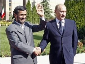 PutinIranianPresidentShakeHands